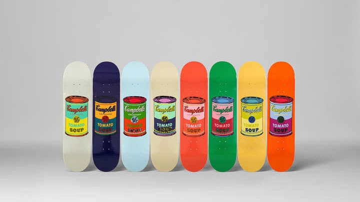 ANDY_WARHOL_set_8_coloured_Cambell's_soup_cans_Siebdruck_auf_Skateboard,_8mal_80x20-cma