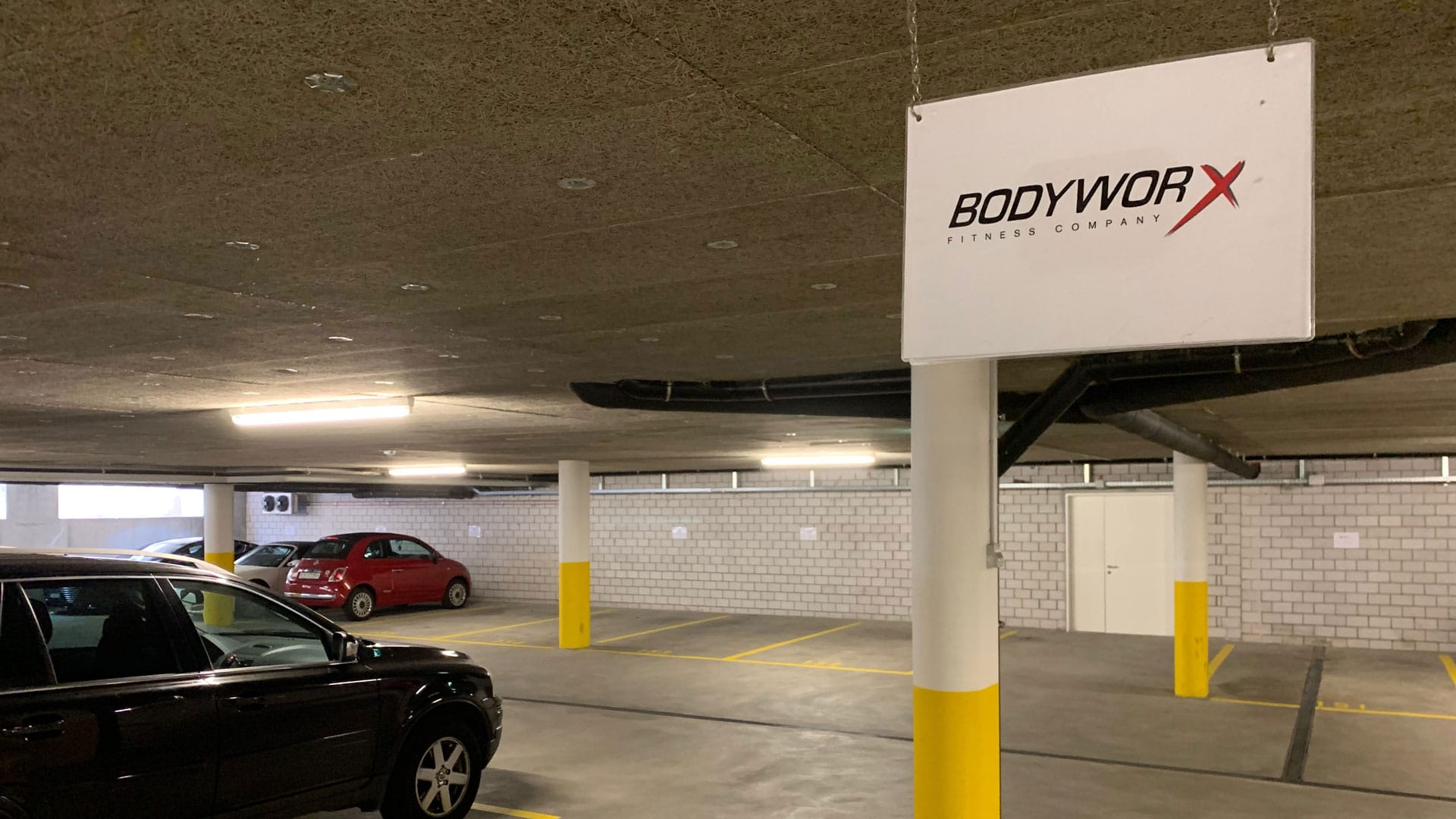 Parking @ 4-Towers | BodyWorx Fitnesscenter Steinhausen