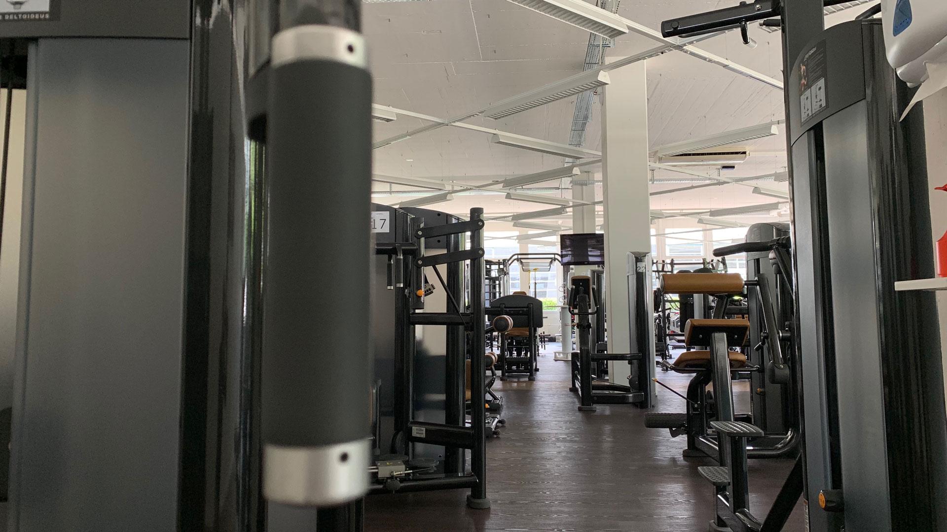 Kraft-Zone mit LifeFitness | BodyWorx | Rotkreuz